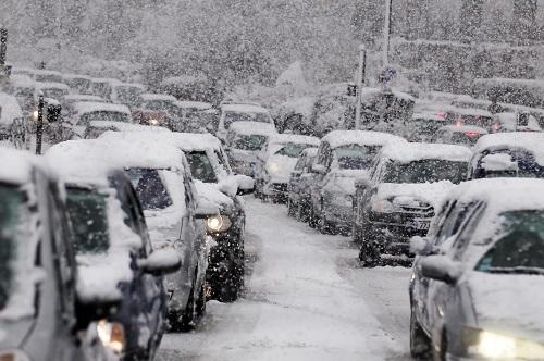 首都高速の通行止めは人災か!? こうすれば防げた長時間通行止め