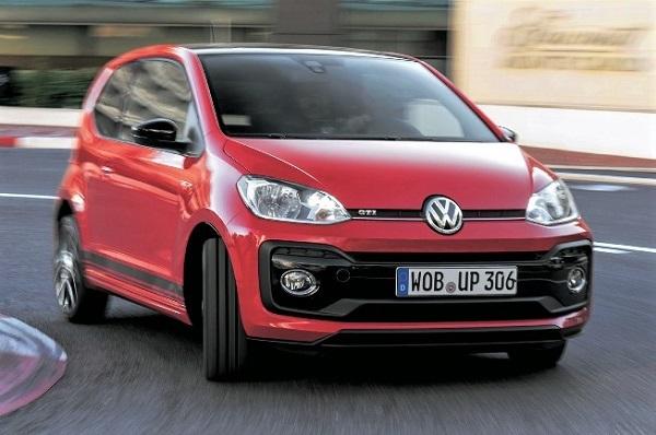 "VW最小の""弾丸""炸裂!! UP! GTIは初代ゴルフGTIの再来だ!!"