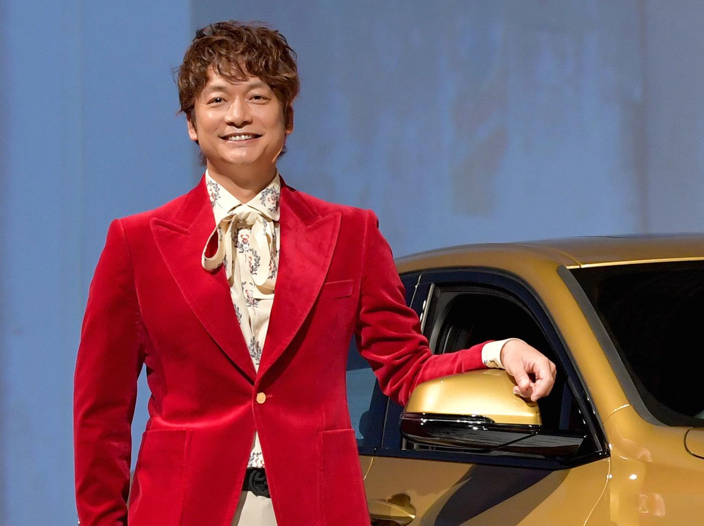 香取慎吾氏、BMW X2スペシャル動画でラップを披露