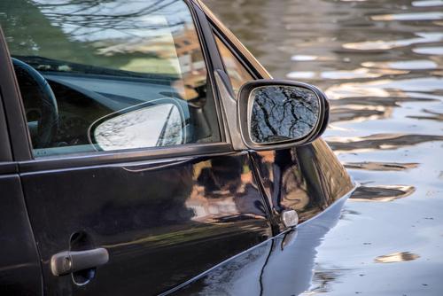 水没したハイブリッド車は危険!? 事故時にドライバーを救うためには【クルマの達人になる】