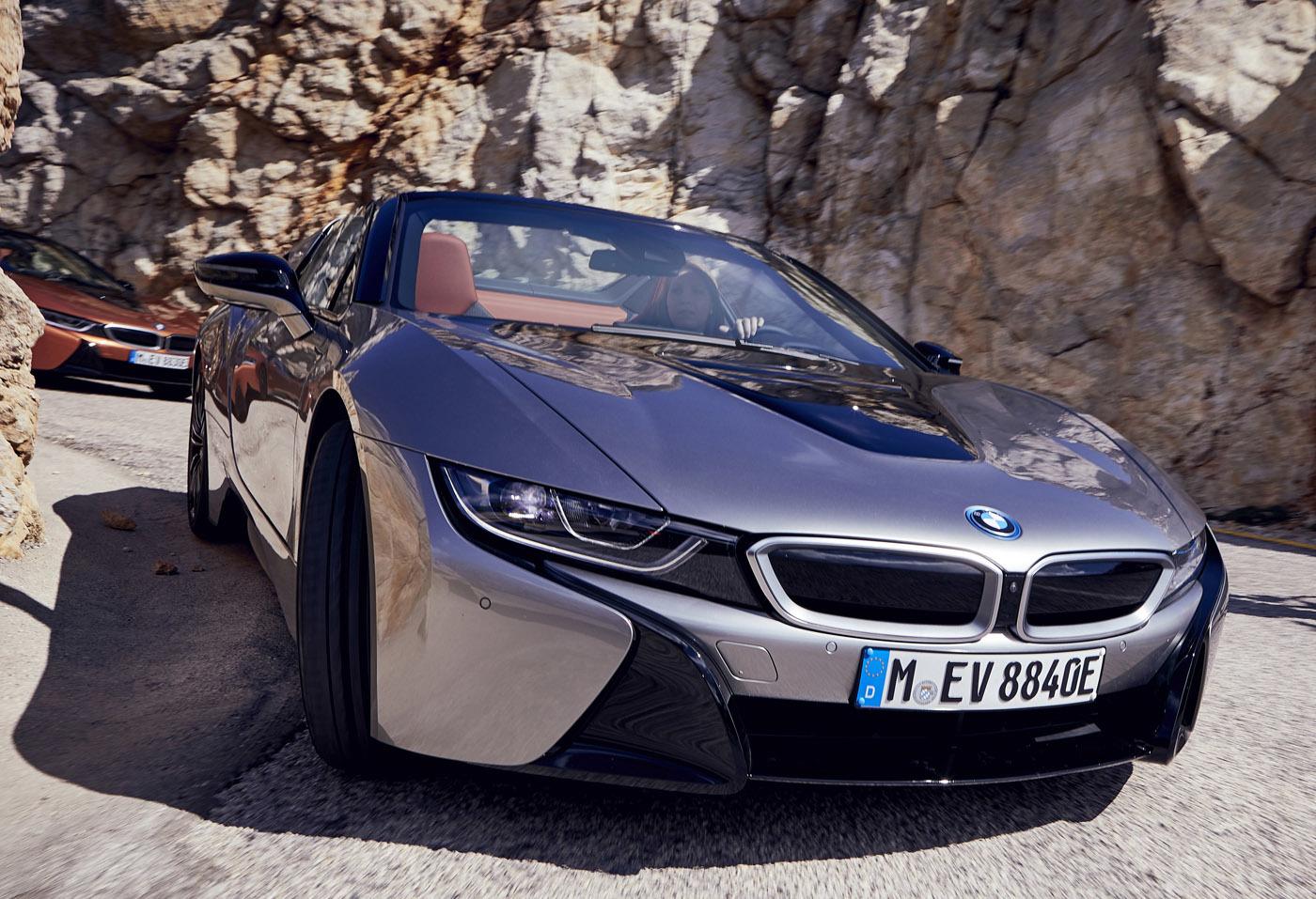 これぞ21世紀型スーパーカー!! BMWi8ロードスター最速試乗