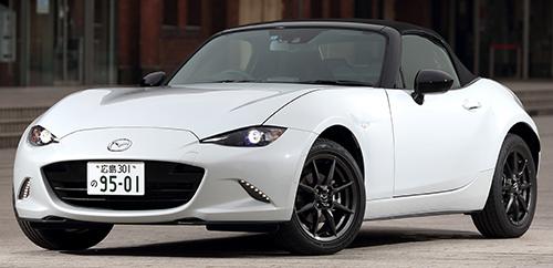 '16年12月の販売台数771台で純スポーツカーとしては大健闘中。2ℓエンジンを搭載するRFも加わり、さらなる拡販を狙う