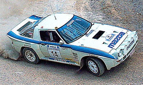 RX-7は1982年にWRCにチャレンジ。翌年ベルギーにMRTE(マツダ・ラリー・チーム・ヨーロッパ)を設立し、参戦体制を強化したが、'85年アクロポリスの3位が最高位だった