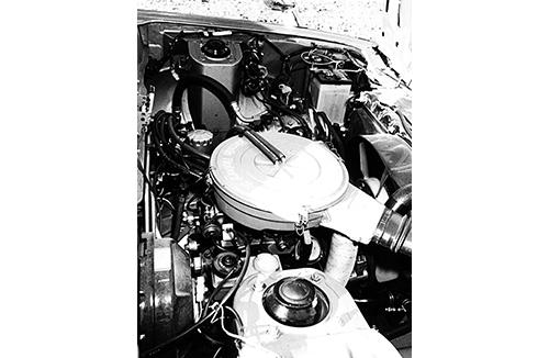 エンジンはサバンナがすでに採用した12Aロータリーで昭和53年排ガス規制対策を施したものだ。最高出力130psでGTのパワーウェイトレシオは7.7㎏/ps