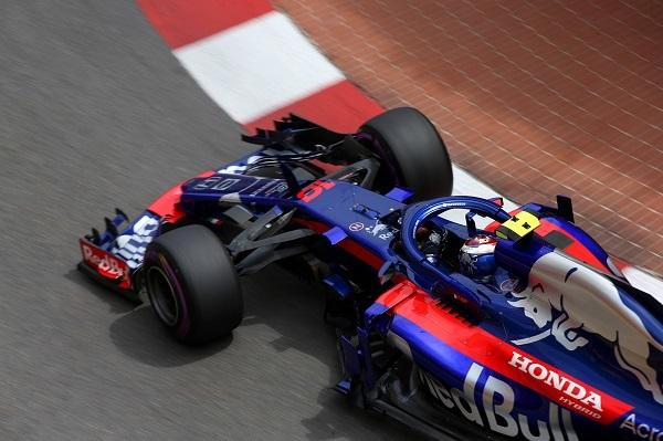 """モナコGPで7位入賞を果たしたトロロッソ・ホンダのガスリー車。""""兄貴分""""レッドブルとホンダの契約に関しては「期待」ばかりが伝えられるが、""""契約の仕方""""はホンダF1の将来を左右する"""