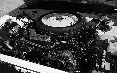 エンジンは水平対向4気筒SOHCターボ。ネット表記に切り替わり120ps、18.2㎏mとなったが、グロス表記では135ps、20.0㎏mだった