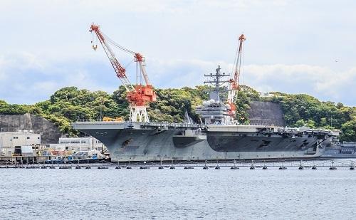 横須賀を母港とする空母「ロナルド・レーガン」。軍艦の無線などが直接の要因なのだろうか