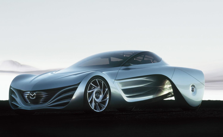 2007年の東京モーターショーに出品されたマツダのコンセプトカー「大気」。新世代ロータリーエンジン「RENESIS(16Xロータリーエンジン、800cc×2)」をFRレイアウトで搭載していると発表された