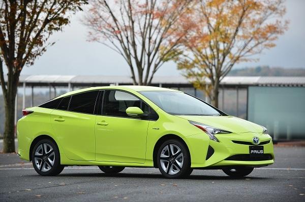 2015年12月にフルモデルチェンジしたプリウス。4代目となる現行型は、従来モデルと比べて大幅に操安性能が向上。販売台数は普通乗用車では堂々トップで2017年度は14万9083台を売り上げた