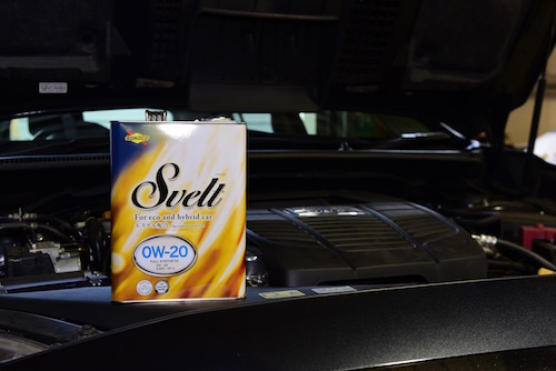 Sveltは欧州車から国産車、エコカーまで対応するオイル。街中での使用に最適
