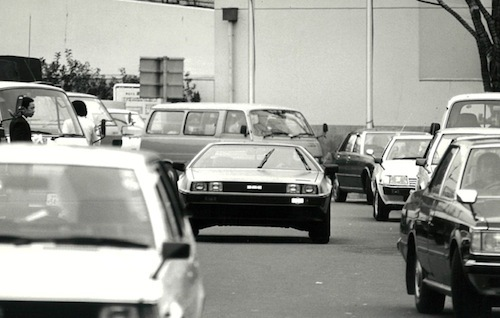 映画「バック・トゥ・ザ・フューチャー」でデローリアンが一般に認知されたのはDMCが倒産して3年後の1985年のことだった