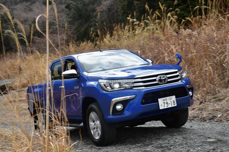 2017年9月より日本市場でも復活販売されたトヨタ新型ハイラックス
